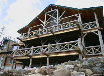 Cliffside Lodge